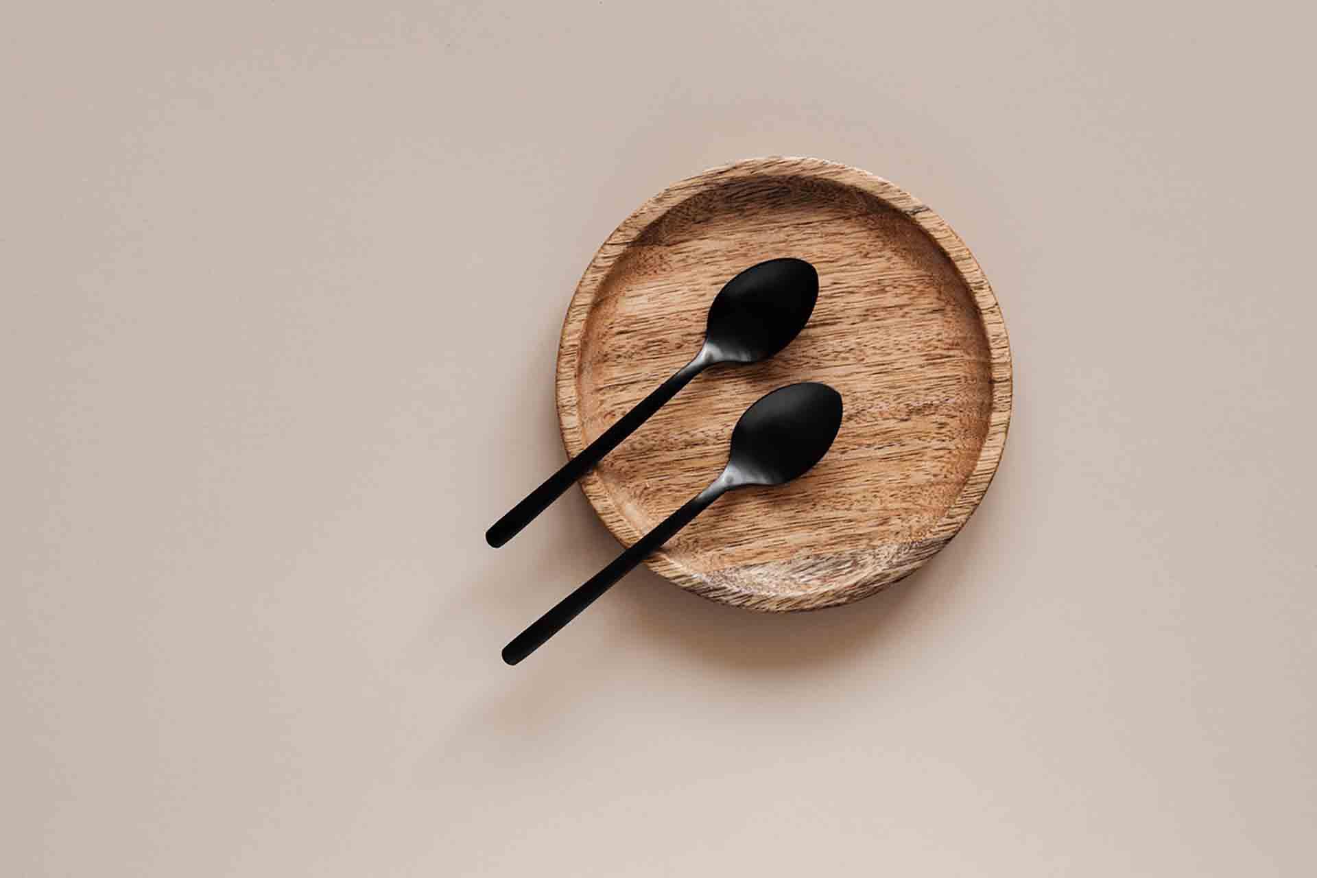 Changer sa vaisselle pour une vaisselle en bois